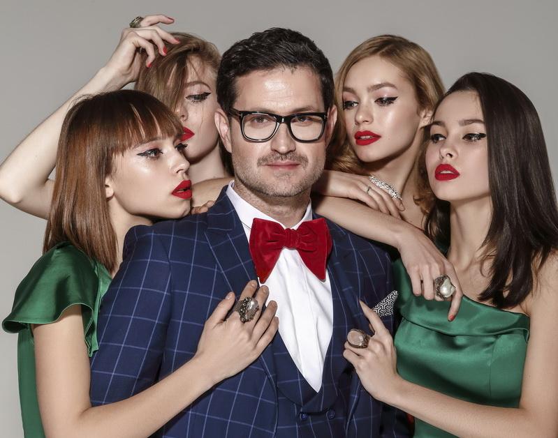 Актер и любимец женщин Ахтем Сейтаблаев стал лицом мужской коллекции одежды весна-лето`18 бренда A TAN MAN by Andre Tan