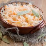 Квашеная капуста на зиму: 3 проверенные рецепты