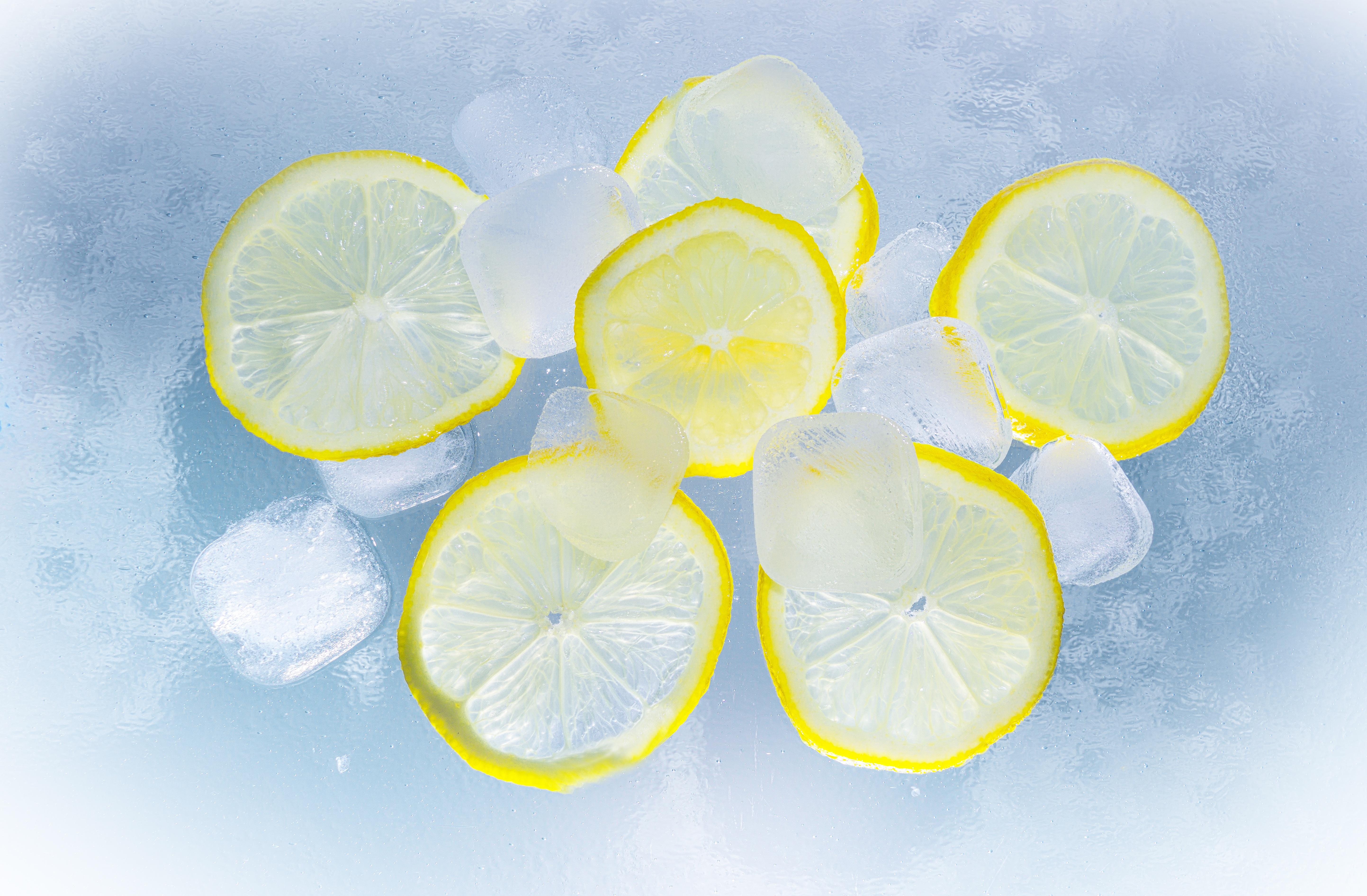 вода с лимоном натощак польза