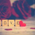 Гороскоп на 14 февраля: любви все возрасты покорны