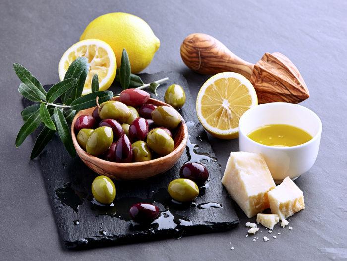 маслины и оливки в чем отличие
