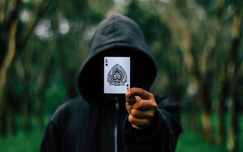 Суеверия: 10 предубеждений, в которые до сих пор верят люди