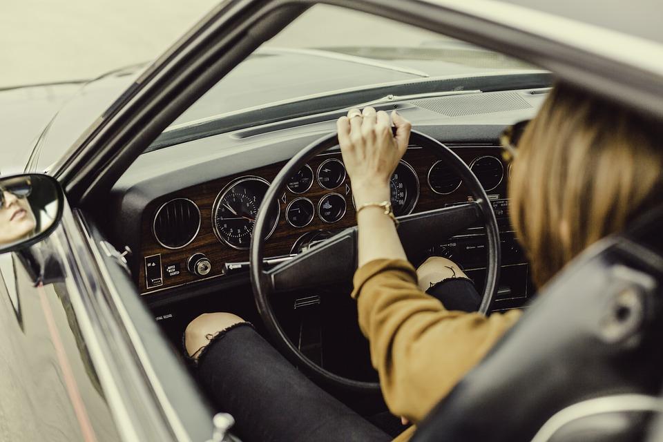 Чтобы вас не обманули на авторынке: советы автомобильного эксперта