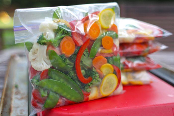 как замораживать ягоды фрукты и овощи