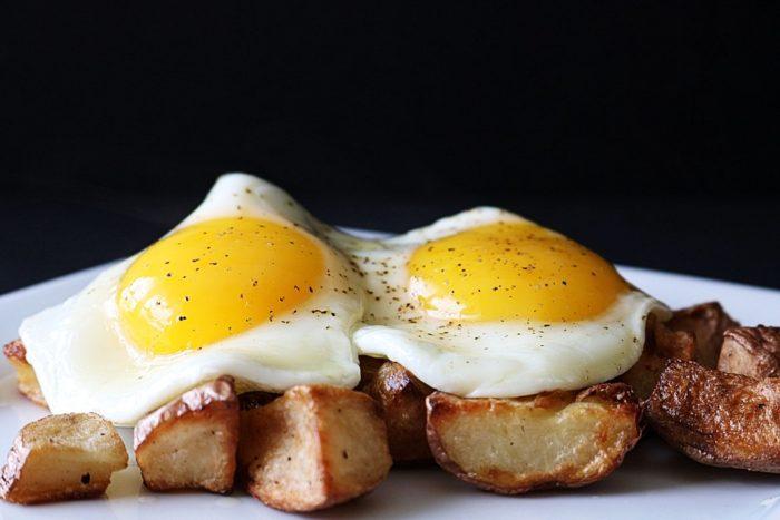 яичница-глазунья рецепт