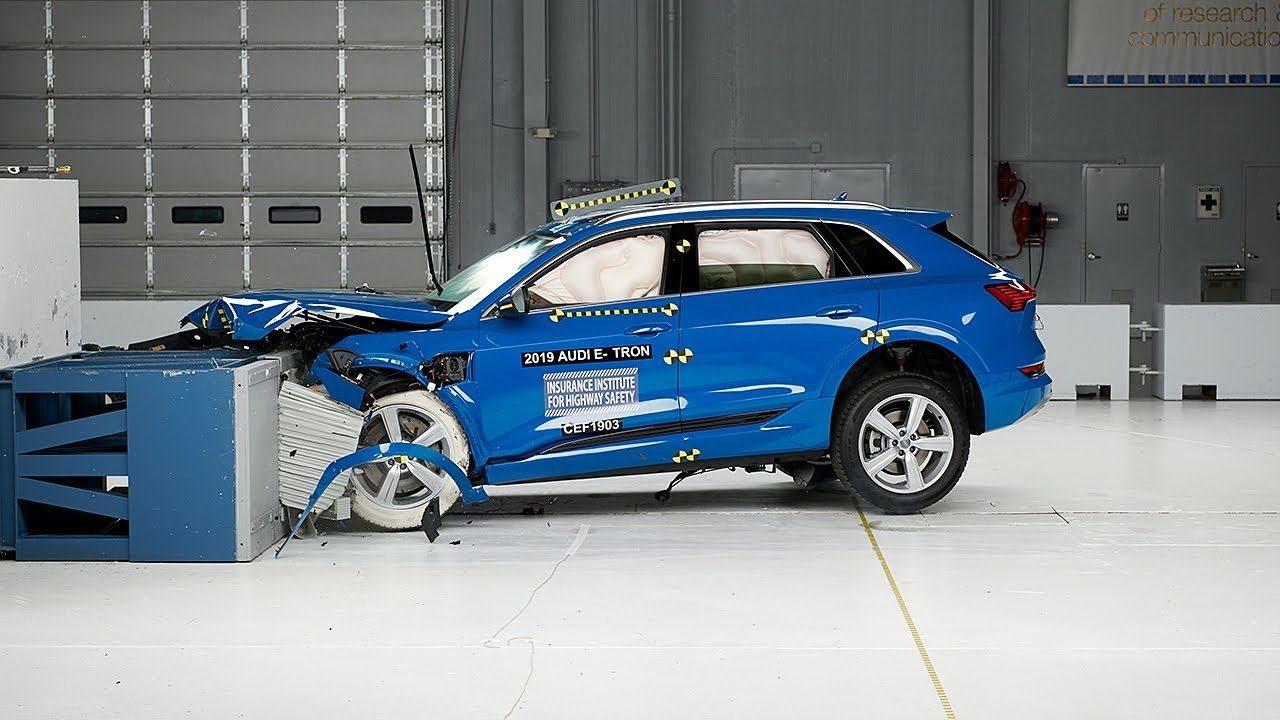 Назван самый безопасный электромобиль. Спойлер: это не Tesla