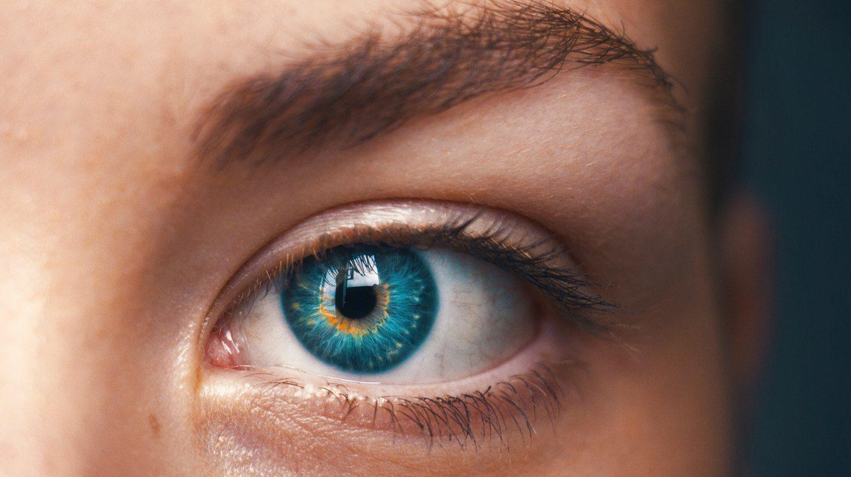 Как ухаживать за глазами, чтобы не падало зрение