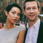 Присела на ширинку, так сказать: появились подробности знакомства Дмитрия Ступки и Полины Логуновой