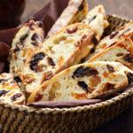 Вкусный перекус от Ревизора: классический рецепт бискотти