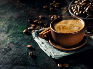 Почему вредно пить кофе на голодный желудок