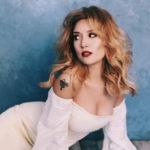 44-летняя Алена Винницкая высказалась об уколах красоты и секретах идеальной фигуры