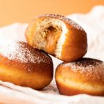 Пончики с начинкой: вкусный и проверенный рецепт