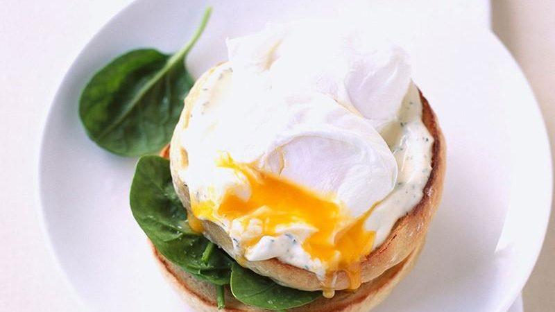 День яйца ведущая «Ревизора Х» предлагает отпраздновать пашотом: проверенный рецепт