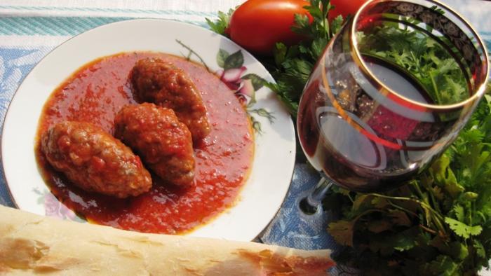 Судзукакья блюда греческой кухни
