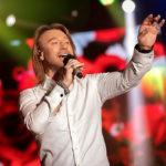 Олег Винник рассказал о самых важных людях в его жизни, изменах и лучших комплиментах: новое интервью артиста