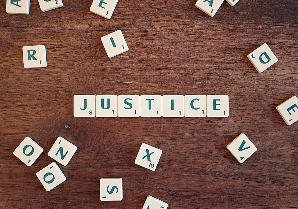 Услуги адвоката: на что обратить внимание, выбирая юриста