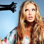Электризуются волосы: как сохранить идеальную прическу в холодное время года