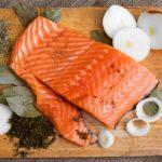Как засолить красную рыбу, чтобы она стала изюминкой праздничного стола