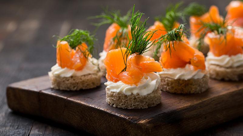 Холодные блюда на Новый год 2020: ТОП-10 рецептов