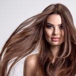 Как сделать волосы блестящими и шелковистыми: советы дерматолога