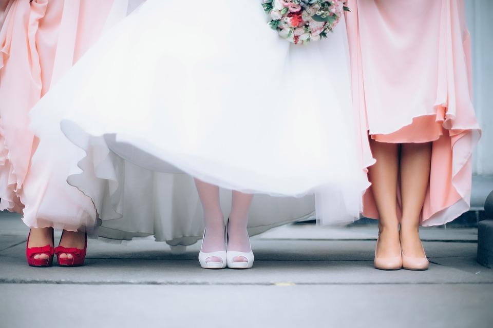 Тренды в свадебных платьях 2020 года: советы эксперта