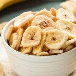 Банановые чипсы: простой рецепт от Елены Филоновой