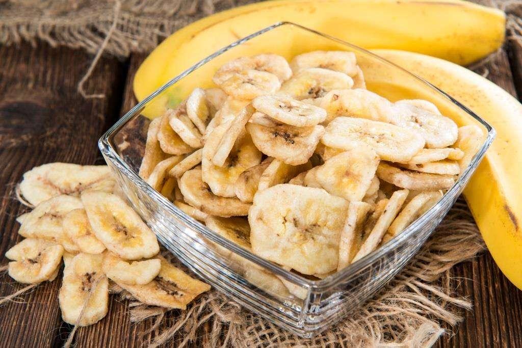 банановые чипсы в домашних