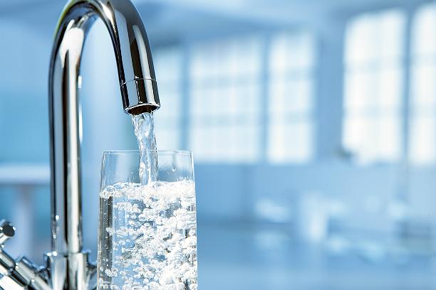 очистить воду в домашних