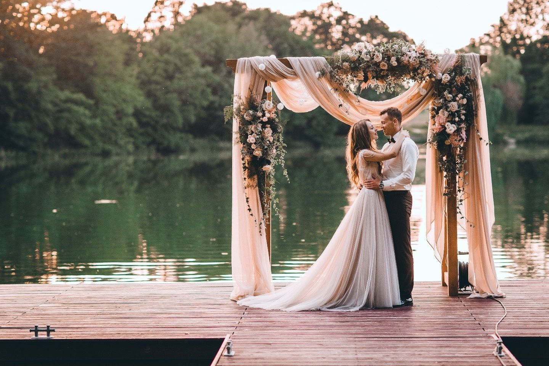 организованные свадьбы