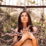 #CHEWING: певица JERRY HEIL выпустила трек, в котором она ест и чавкает (ВИДЕО)