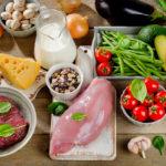 Миссия — упростить готовку: кулинарные лайфхаки от шеф-поваров, которые пригодятся каждому