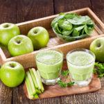 Рецепт зеленого смузи, который может заменить полноценный завтрак