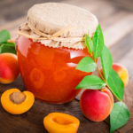 Абрикосовое варенье с миндалем: вкусный рецепт на зиму от Юлии Панковой