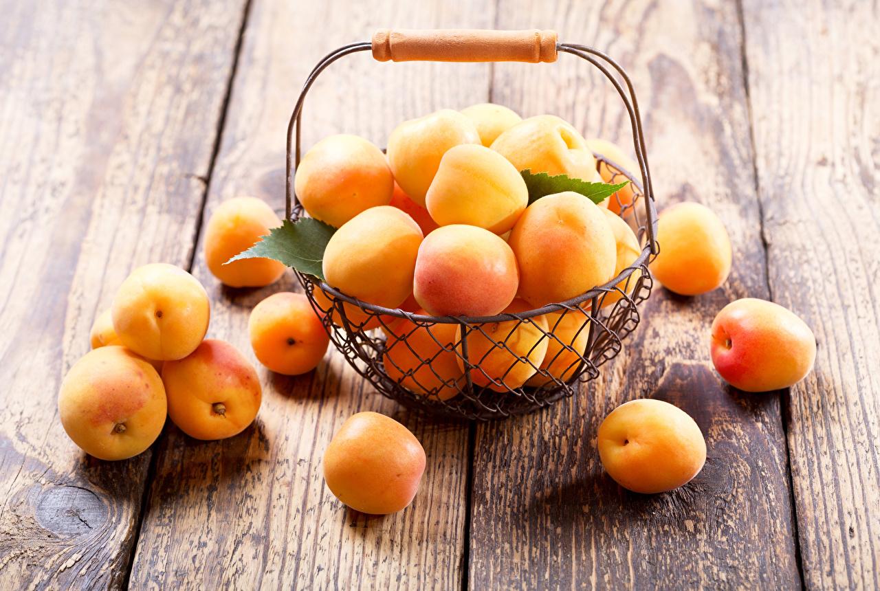 косточки абрикоса польза