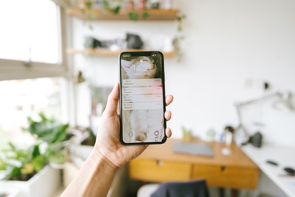 Как отличить оригинальный телефон от подделки: советы экспертов