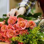 Как выбрать и продлить жизнь букету цветов?