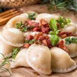 Вареники с мясом на пару и зеленым соусом: уникальный рецепт от Григория Германа