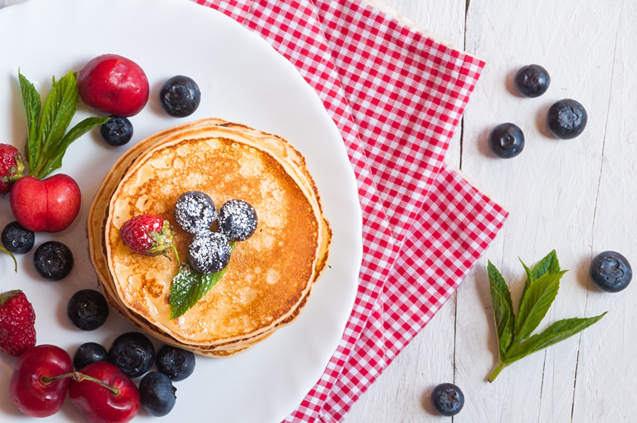 Банановые оладьи: Алина Гросу поделилась рецептом любимого завтрака
