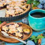 Пирог со сливами: рецепт Юлии Панковой