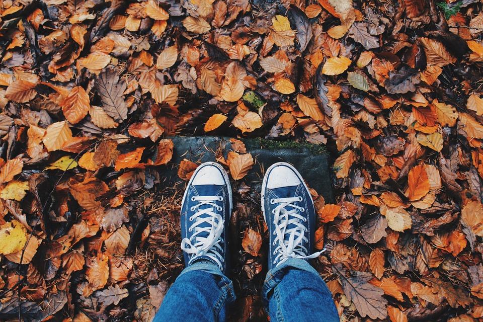Как защитить обувь от влаги осенью?