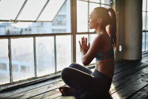 домашние упражнения йоги