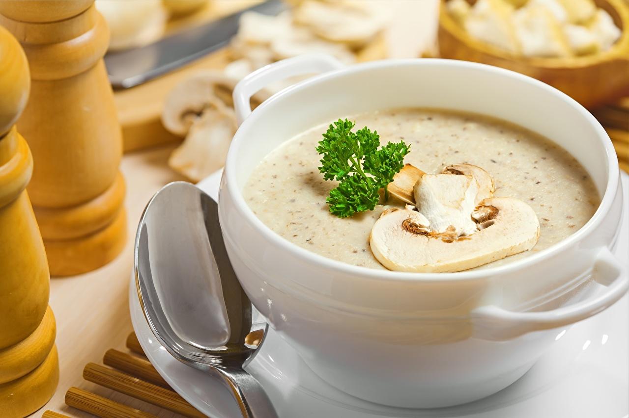 грибной суп с кокосовым молоком