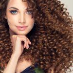 Зимний уход за волосами: как сохранить красоту шевелюры?