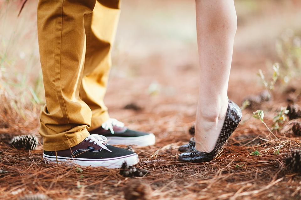 Что делать, если отношения остыли: отвечает психолог