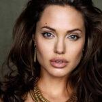 У Джоли пластика или натуральная красота?