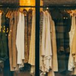 Базовый гардероб : как из 10 вещей создать 50 образов